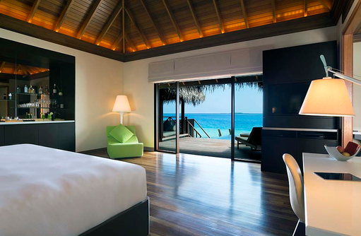 Lagoon Bungalow with Pool, Schlafzimmer, Sonnendeck, Privatpool, Huvafen Fushi Maldives