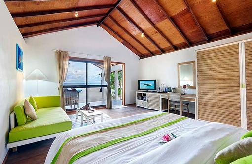 Schlafen im Beach Bungalow, Innahura Maldives Resort