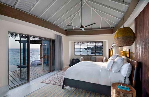 Bedroom - Overwater Pool Villa, InterContinental Maldives