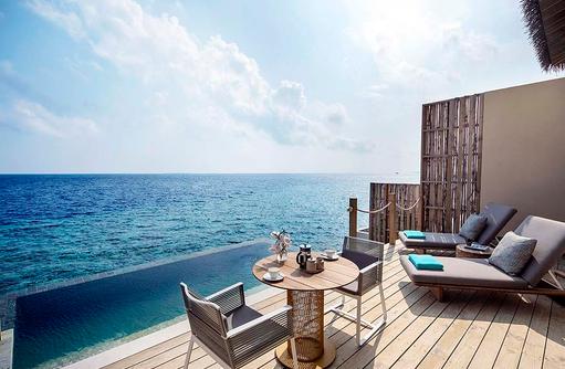 Terrasse an der Lagoon Pool Villa, InterContinental Maldives