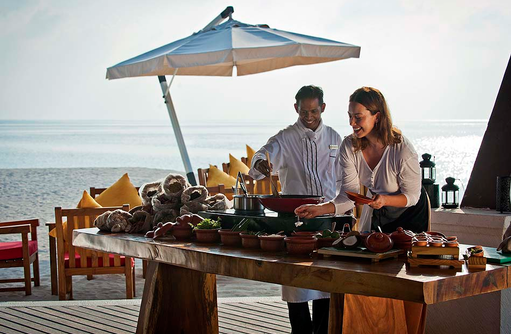 Kochen mit Maledivischen Spezialitäten, Jumeirah Vittaveli, Maldives