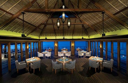 Fenesse Restaurant von Innen, Jumeirah Vittaveli, Maldives
