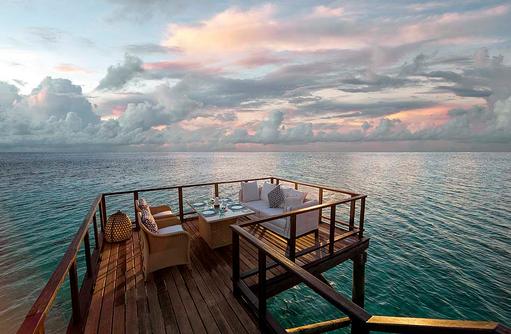 Fenesse Restaurant Lounge, Jumeirah Vittaveli, Maldives