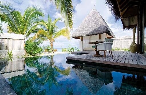 Privater Pool in der Beach Villa, Jumeirah Vittaveli, Maldives