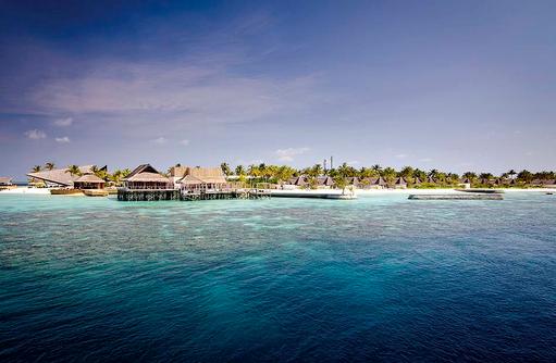 Insel vom Wasser aus, Jumeirah Vittaveli, Maldives