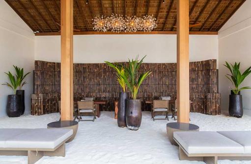 Innenbereich Rezeption, Kagi Maldives SPA Island