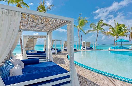 Beach Club, Daybed, Kandima Maldives