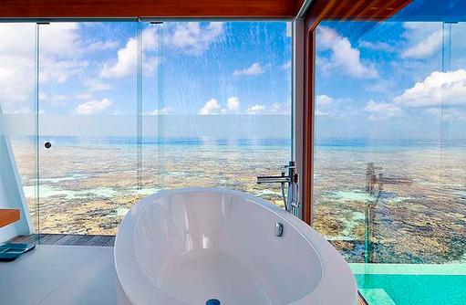 Badewanne in der Ocean Pool Villa | Kandolhu Maldives