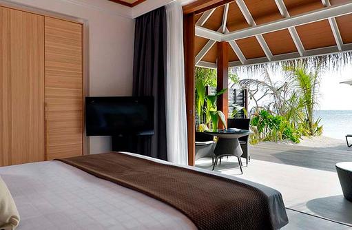Schlafraum in der Beach Villa | Kandolhu Maldives