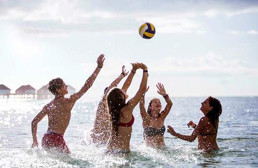 Kids Club Sun Kids, Wasserball I Kanuhura Maledives