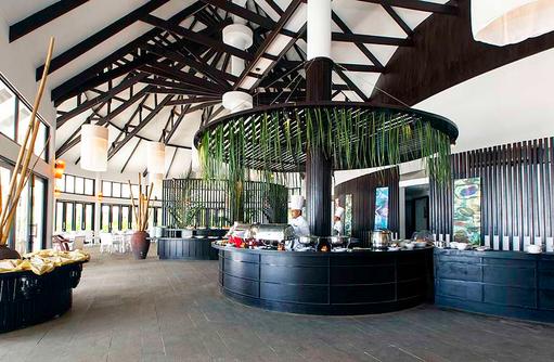 Malaafaiy Buffet Restaurant, Buffetbereich, Kihaa Maldives