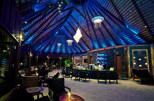 Kandu Bar am Abend, Komandoo Island Resort, Maldives