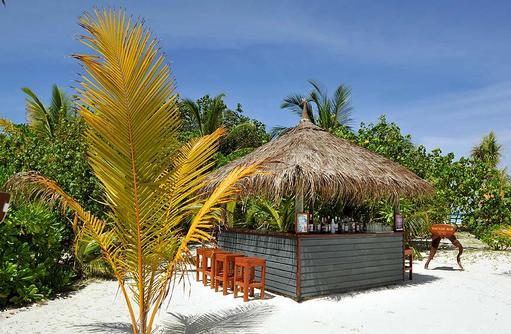 Thundi Bar am Strand, Komandoo Island Resort, Maldives