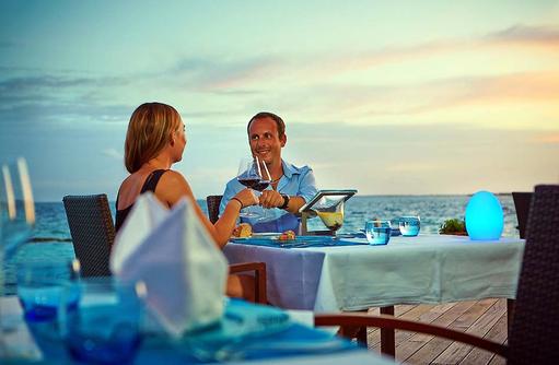 Terrasse des Aqua Restaurants, Komandoo Island Resort, Maldives