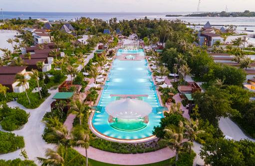 Pool, Kuda Villingili Resort Maldives