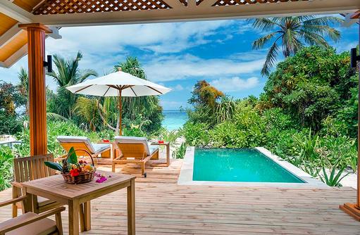 Beach Villa mit Pool, grüne Oase, Kudafushi Resort & Spa, Maldives