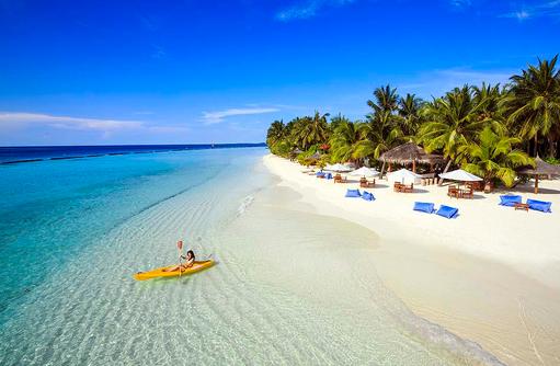 Strand und Beach Bar, Kurumba, Malediven