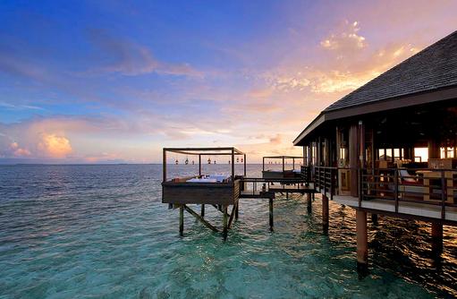 Restaurant Tamarind, Aussenansicht, Lily Beach Resort & SPA, Malediven