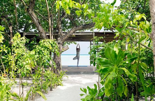Lux Me Spa, Yoga und Mediation am Strand I LUX South Ari Atoll