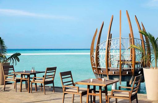 East Market Dining, Aussenterrasse I LUX South Ari Atoll