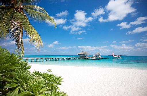 Ankunftssteg mit Wasserflugzeug, Arrival Jetty I LUX South Ari Atoll
