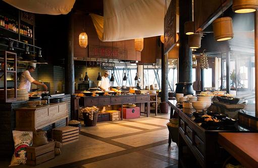 East Market, Restaurant mit Marktflair I LUX South Ari Atoll