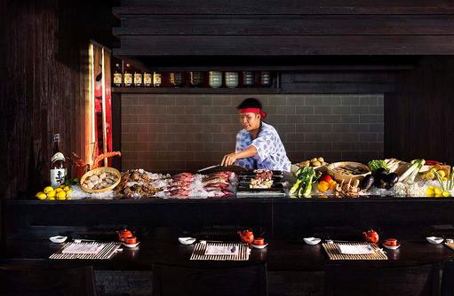 Restaurant Umami, Sushimeister bei der Arbeit I LUX South Ari Atoll