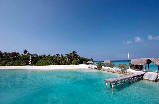 Blick auf den Ankunftssteg I Makunudu Island Resort
