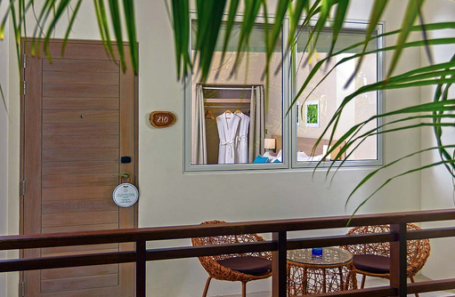 Garden Room, Terrasse, Malahini Kuda Bandos, Malediven