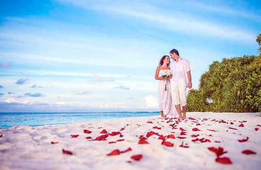 Strandhochzeit, Heiraten auf den Malediven, Malahini Kuda Bandos, Malediven
