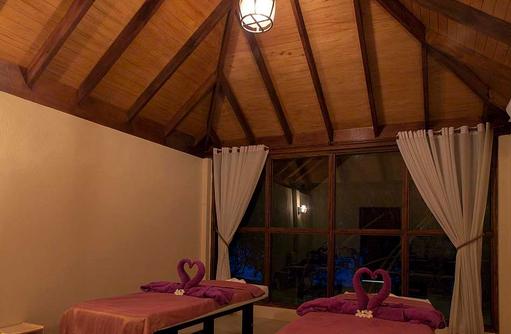 Massage, Alize Spa, Wellness, Malahini Kuda Bandos, Malediven