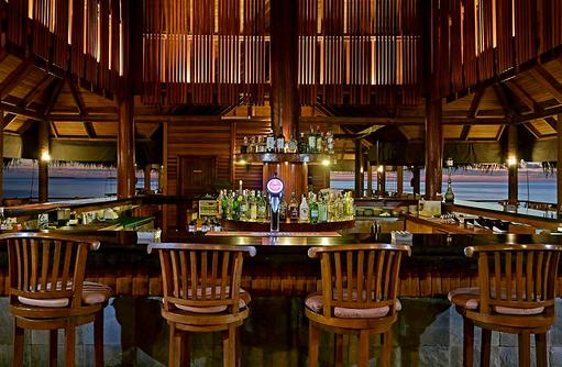 Einrichtung Bar, Medhufushi Island Resort, Maldives
