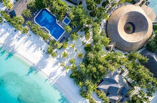 Vogelperspektive, Hauptpool, Meeru Island Resort