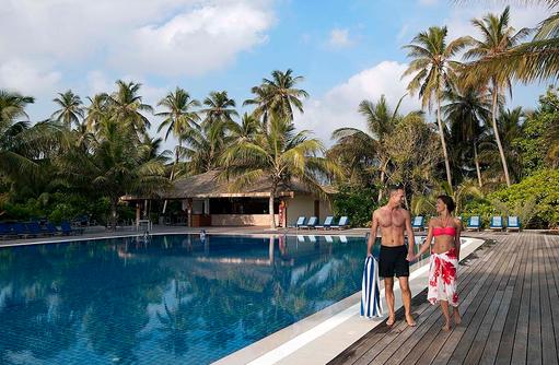 Pavilion Pool, Nahe der Jacuzzi Water Villen, Meeru Island Resort