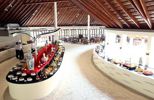 Farivalhu Buffet Restaurant, Meeru Island Resort