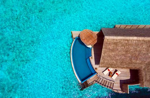 Water Pool Villa, Vogelperspektive, Drohnenaufnahme, Milaidhoo Island, Maledives