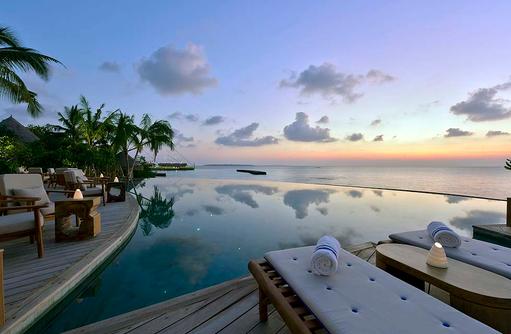 Compass Pool Bar, Abendstimmung, Milaidhoo Island, Maledives
