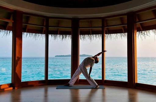 Serenity Spa, Yoga am Morgen, Milaidhoo Island, Maledives
