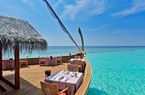Ba'theli Restaurant, Terrasse, Milaidhoo Island, Maledives