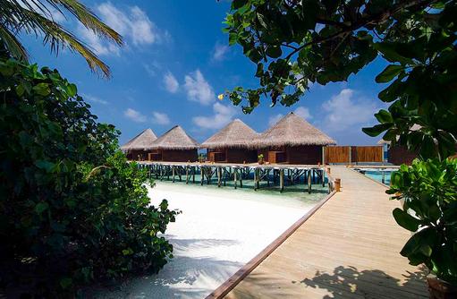 Steg zu den Water Villen, Mirihi Island Resort, Malediven