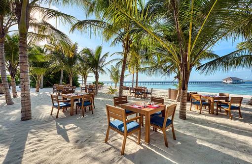 Strandrestaurant, Mövenpick Resort & Spa Kuredhivaru
