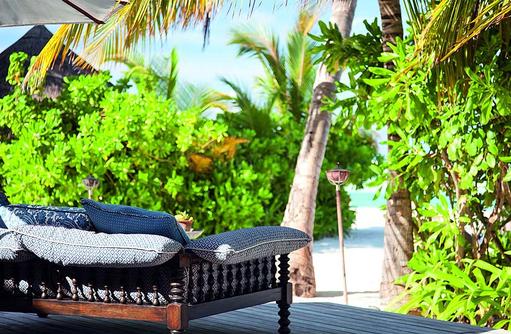 Terrasse vom The Living Room, Naladhu Private Island Maldives