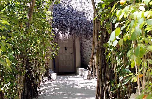 Eingang Beach Villa, Nika Island Resort & Spa