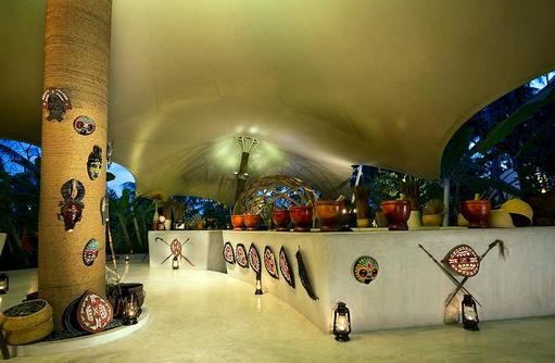Tribal Restaurant, Eingang, Niyama Private Islands Maldives