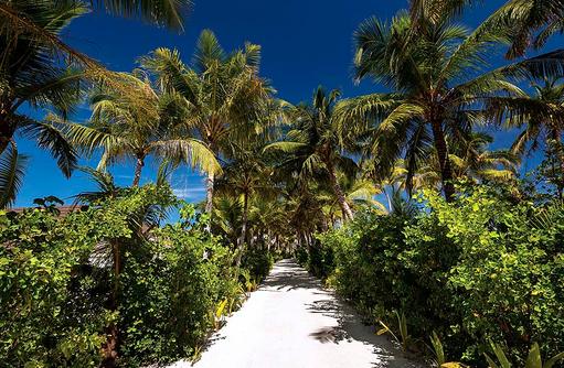 Wege der Insel, OBLU SELECT at Sangeli