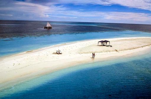 Traumhafte Sandbank, One & Only Reethi Rah, Maldives