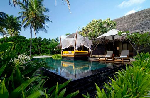 Grand Beach Villa mit Pool, Terrasse, Privatpool, One & Only Reethi Rah, Maldives