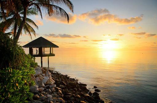Chi Pavillon, Yoga zum Sonnenaufgang, One & Only Reethi Rah, Maldives