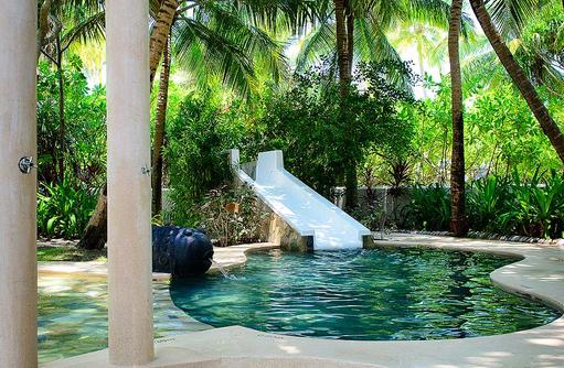 Kids Only, Pool, Wasserrutsche, One & Only Reethi Rah, Maldives