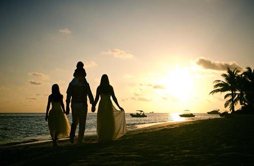 Strandspaziergang im Sonnenuntergang, Wedding, Outrigger Konotta Maldives Resort